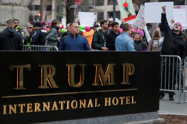 Pour CREW, Donald Trump continue, comme il le... (PHOTO REUTERS)