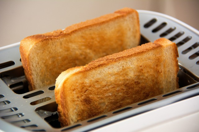 Friands de toasts, de pommes de terre frites ou rôties, les Britanniques... (Pixabay)