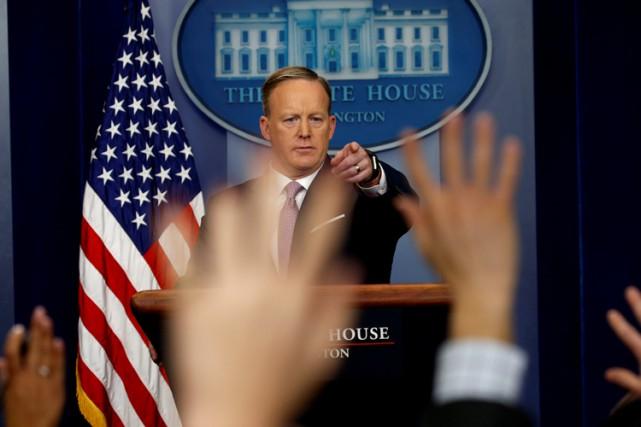 Pendant près d'une heure et demie, lundi, Sean... (PHOTO REUTERS)