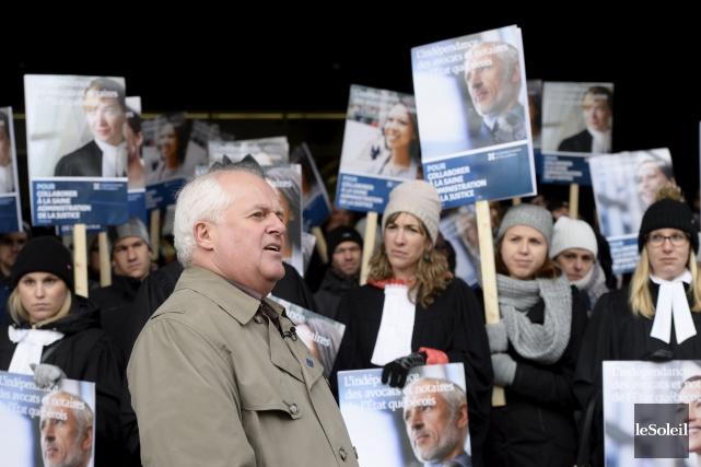 Leur fonds de grève épuisé, les juristes de... (Photothèque Le Soleil, Jean-Marie Villeneuve)