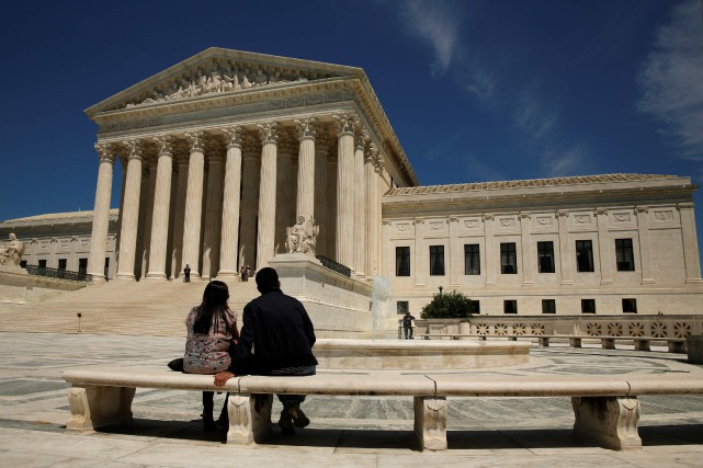 Avortement, mariage homosexuel, port d'armes à feu... La... (Photo Kevin Lamarque, archives REUTERS)