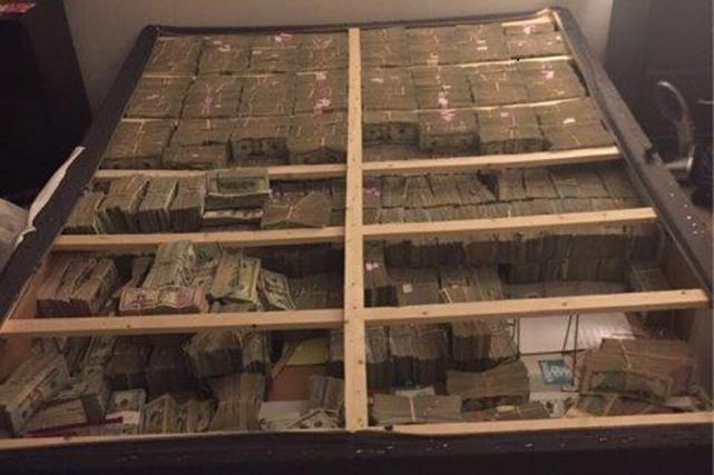 L'argent proviendrait d'une escroquerie sur le mode de... (Photo tirée du compte Twitter du procureur fédéral du Massachusetts)