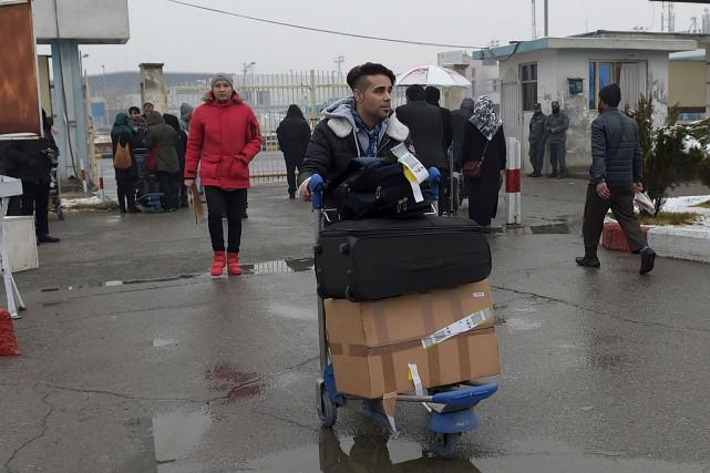 De jeunes Afghans ont été expulsés du territoire... (AFP, Wakil Kohsar)