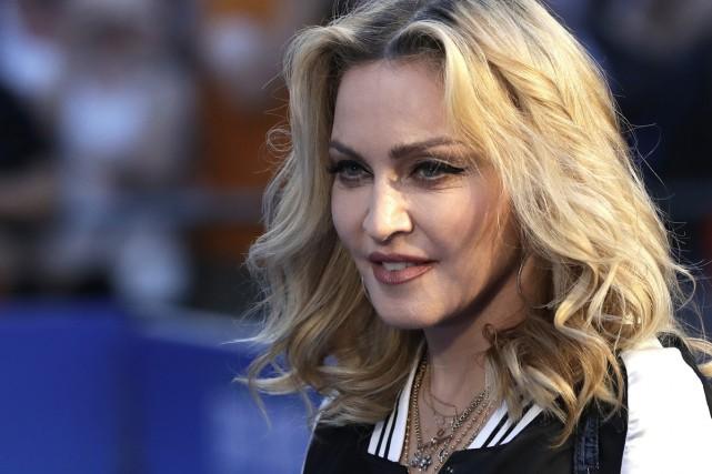 La star de la pop américaine Madonna a déposé mercredi une demande d'adoption... (PHOTO ARCHIVES AP)