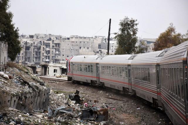 Le service entre Alep et les principales villes... (PHOTO AFP)
