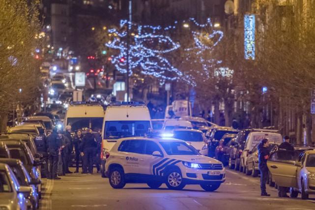 La police belge a mené une opération dans... (PHOTO AP)