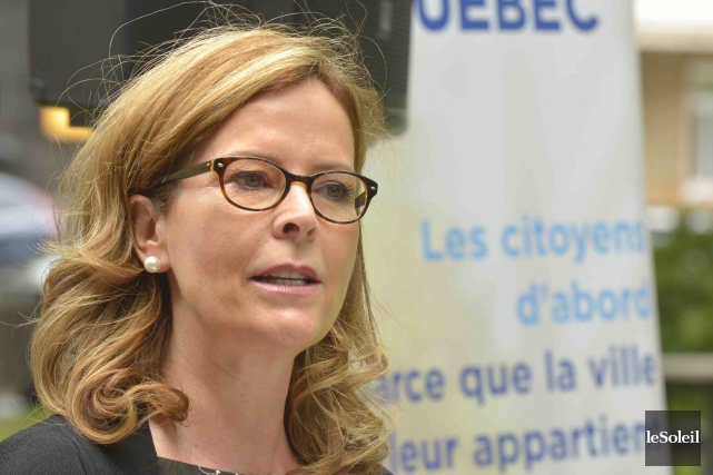 La chef de Démocratie Québec, Anne Guérette... (Photothèque Le Soleil, Jean-Marie Villeneuve)