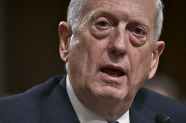 Le nouveau patron du Pentagone, le général James... (Archives AFP)