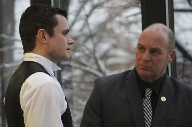 Me Charles Shearson et son client, Thomas Harding.... (La Tribune, René-Charles Quirion)
