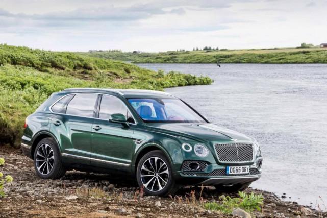 Le Bentley Bentayga : véhicule lourd pour portefeuille... (PHOTO : Bentley)