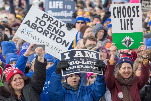 La 44e Marche pour la vie a rassemblé... (AFP, Tasos Katopodis)