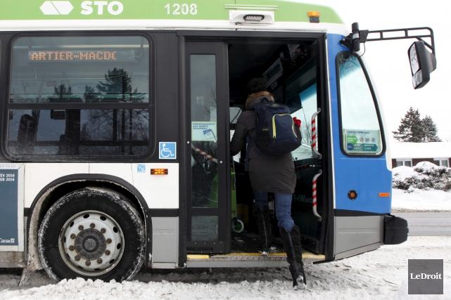 Le transport en commun n'est pas un service... (Simon Séguin-Bertrand, Archives Le Droit)