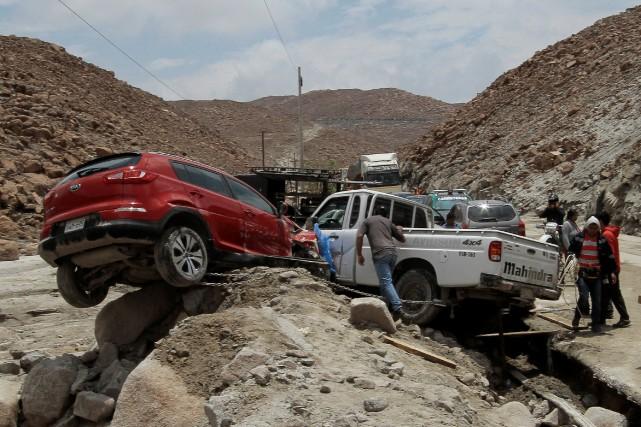 Les dégâts subis par les infrastructures sont considérables.... (Photo REUTERS)