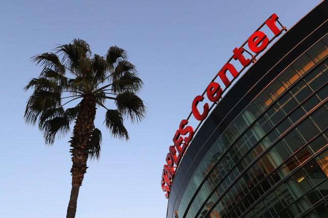 La table est mise à Los Angeles, pour... (Agence France-Presse)