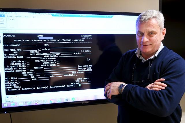 Robert Barrette, directeur du Service des technologies de... (Le Progrès-Dimanche, Rocket Lavoie)