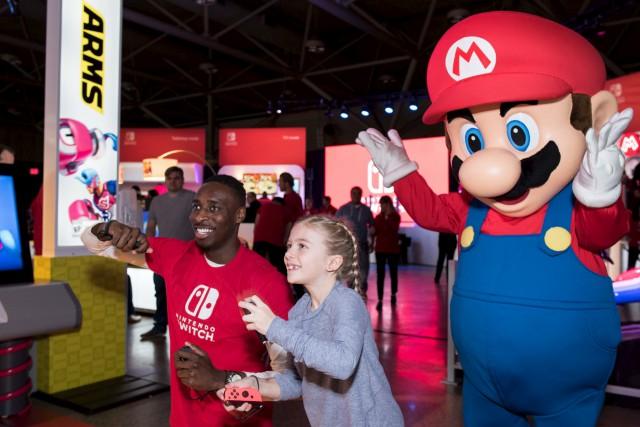 Des jeunes et des moins jeunes, des parents... (Fournie par Nintendo Canada Ltd)