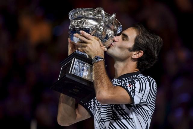 Remis d'une blessure, Roger Federer avait des airs... (AFP, Greg Wood)