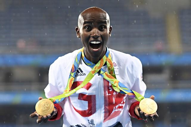 Mo Farah est quadruple champion olympique 5000 m... (AFP, Eric Feferberg)