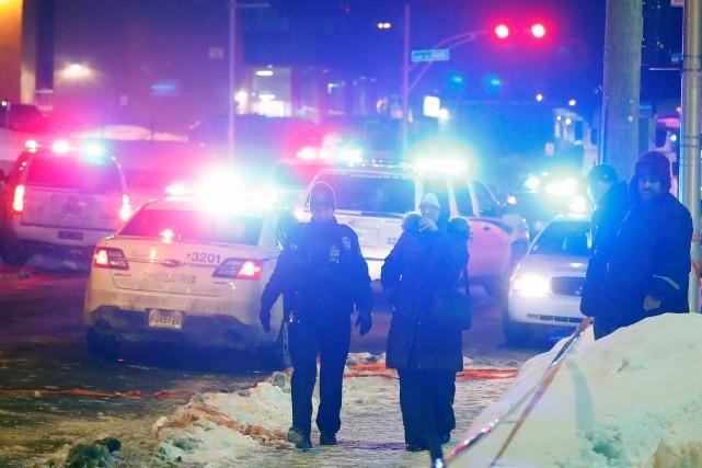 Dimanche soir, deux hommes armés ont pénétré dans... (PHOTO REUTERS)