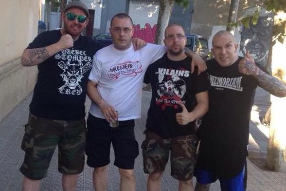 Le groupe musical d'extrême droite LégitimeViolencea publié sur... (PHOTO TIRÉE DE LA PAGE FACEBOOK DU GROUPE)