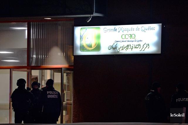 Si vous avez de l'information à propos de l'attaque dans la mosquée de... (PHOTO PASCAL RATTHÉ, LE SOLEIL)