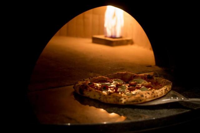 La pizza est en vogue à Montréal et... (Photo Olivier PontBriand, La Presse)