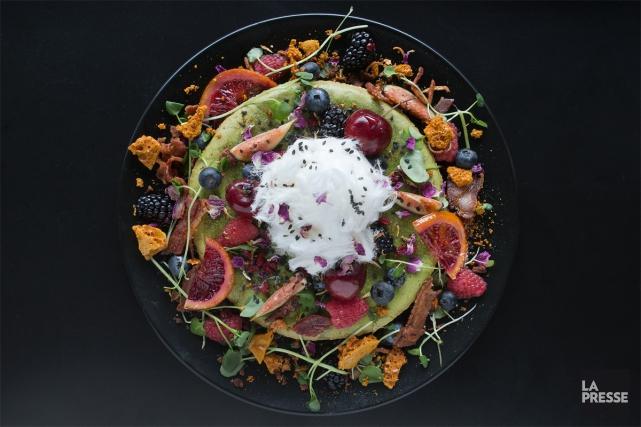 Le chef garde toujours au menu un «hot... (PHOTO ROBERT SKINNER, LA PRESSE)