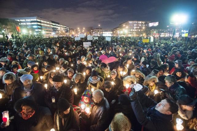Plusieurs citoyens qui ont pris la parole ont... (Photo Ryan Remiorz, La Presse Canadienne)