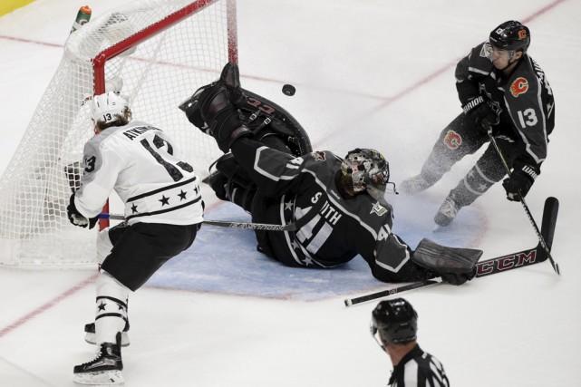 La Ligue nationale de hockey a assurément fait... (Associated Press)