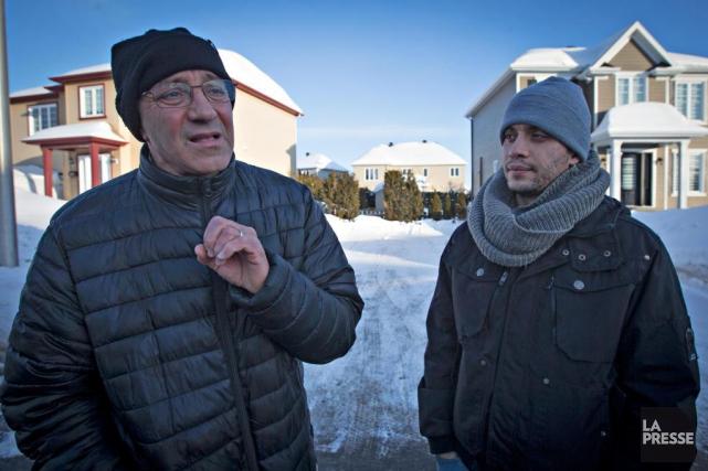Larbi Yahia (à gauche) a vu son amiKhaled... (Photo Olivier Jean, La Presse)