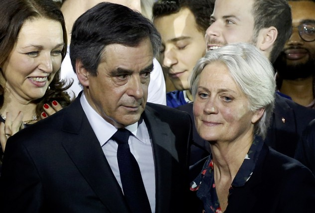 François Fillon et et son épouse Penelope Fillon.... (PHOTO ARCHIVES REUTERS)