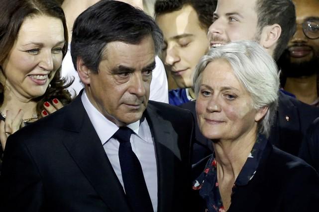 François Fillon et et son épouse Penelope Fillon.... (ARCHIVES REUTERS)
