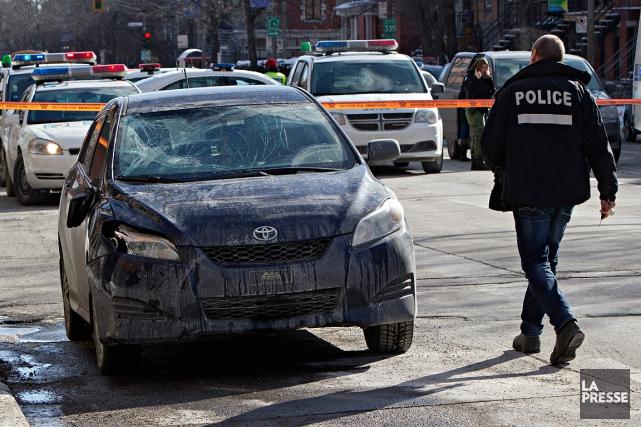 La conductrice du véhicule, qui circulait en direction... (Patrick Sanfaçon, La Presse)