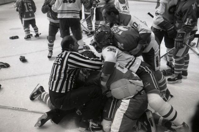 100 ans de rivalit s dans la lnh hockey for Dans 100 ans