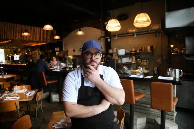 Le talentueux chef Simon Mathys a annoncé cette... (Photo Martin Chamberland, La Presse)