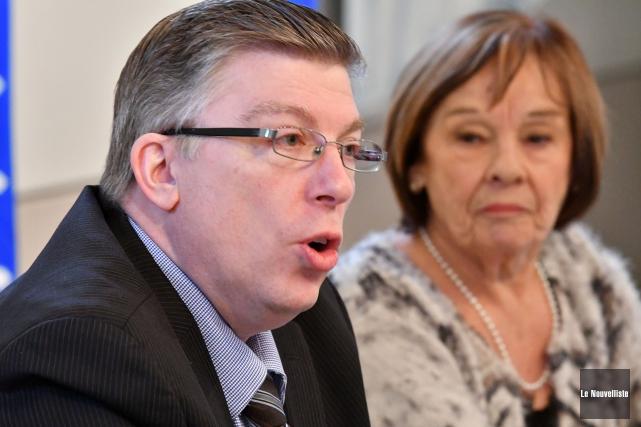 Martin Beaudry, président régional du Parti québécois, et... (Stéphane Lessard, Le Nouvelliste)
