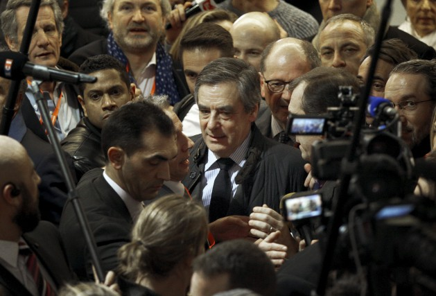 À 80 jours du premier tour, François Fillon (photo)... (AP, Christophe Ena)