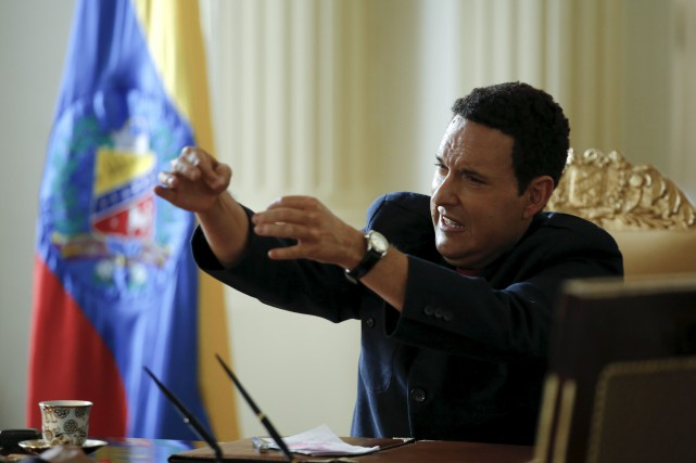 Le personnage d'Hugo Chavez est interprété par l'acteur... (AP, Fernando Vergara)
