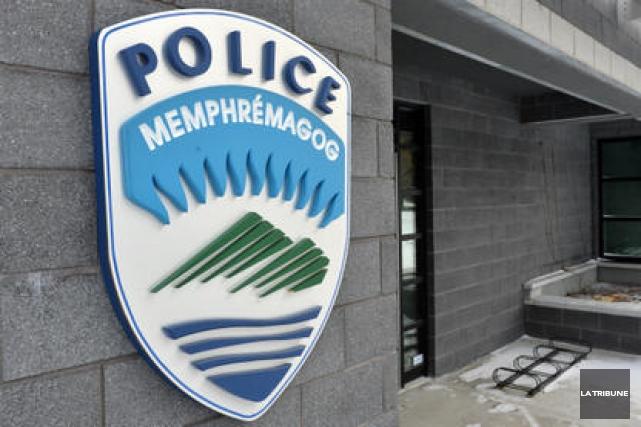 Les policiers de la Régie de police de Memphrémagog ont répondu à pas moins de... (Archives La Tribune)