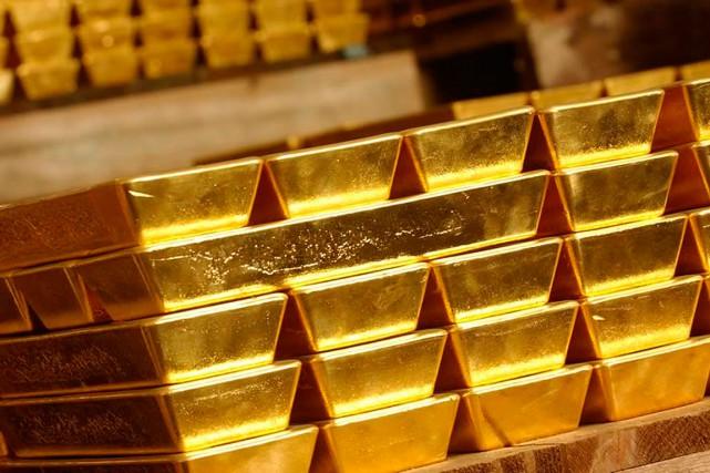 Un homme qui a subtilisé des pièces d'or de la Monnaie royale canadienne en les... (World Gold Trust Services via Reuters)