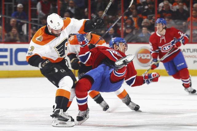 Fidèle à son habitude, le défenseur des Flyers... (AFP, Bruce Bennett)