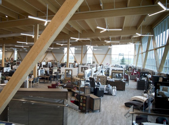Le nouveau magasin Tanguay à Trois-Rivières aura séduit... (Sylvain Mayer)