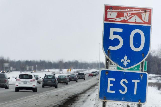 Le débit de circulation sur l'autoroute 50 ne... (Martin Roy, Le Droit)