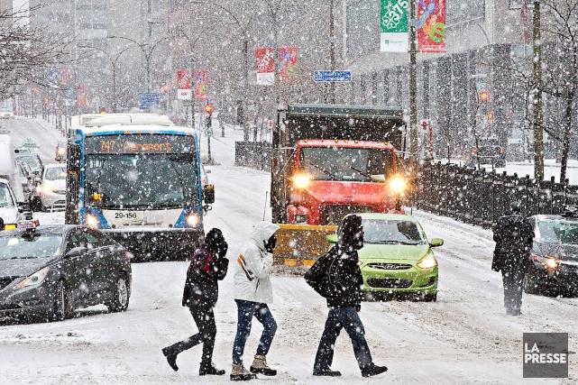De 5 à 10centimètres de neige sont attendus dans plusieurs régions du Québec... (PHOTO PATRICK SANFAÇON, ARCHIVES LA PRESSE)