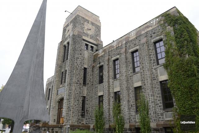 L'hôtel de ville de Saguenay.... (Archives Le Quotidien, Jeannot Lévesque)