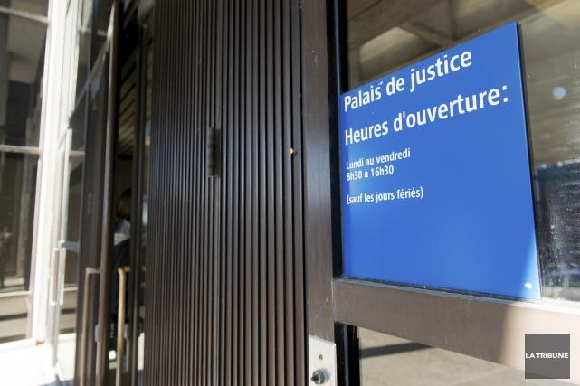 Depuis le 24octobre2016, soit il y a un peu plus de trois mois, les juristes... (Archives La Tribune, Jessica Garneau)