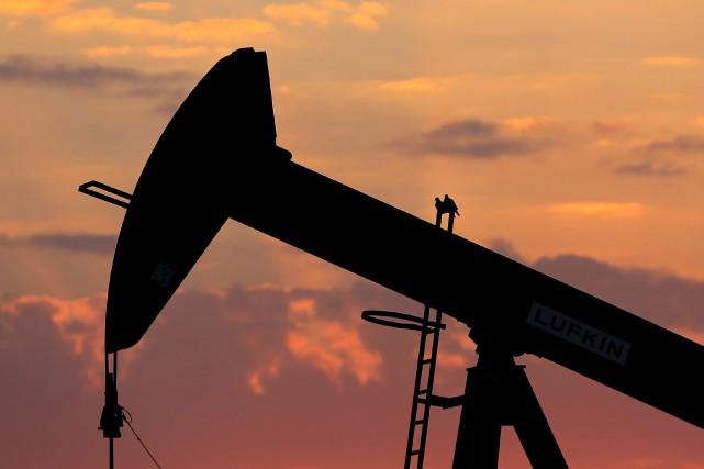Le baril delight sweet crude(WTI) pour livraison en... (Photo archives Associated Press)