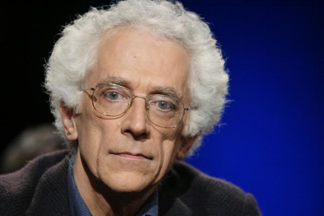 Le penseur, théoricien de la littérature et historien des idées français... (PHOTO ARCHIVES AFP)