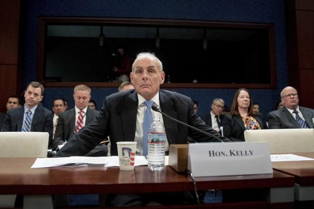 Le secrétaire à la Sécurité intérieure, John Kelly,... (PHOTO AP)