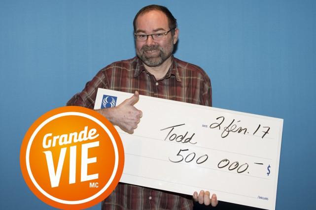 Le Montérégien Todd Royeaa choisi le montant forfaitaire... (fournie par Loto-Québec)